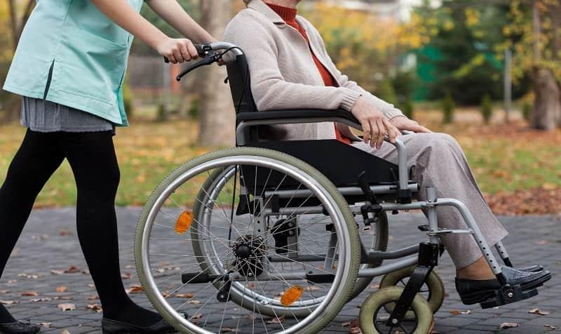 منزل معلولین چگونه باید مناسب سازی شود؟